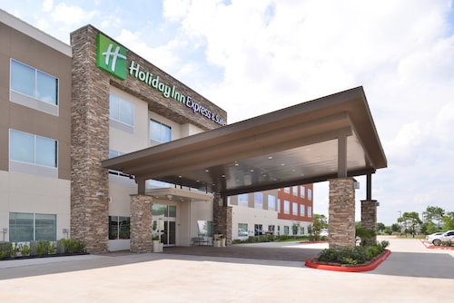 Holiday Inn Express & Suites Houston E - Pasadena, an IHG Hotel