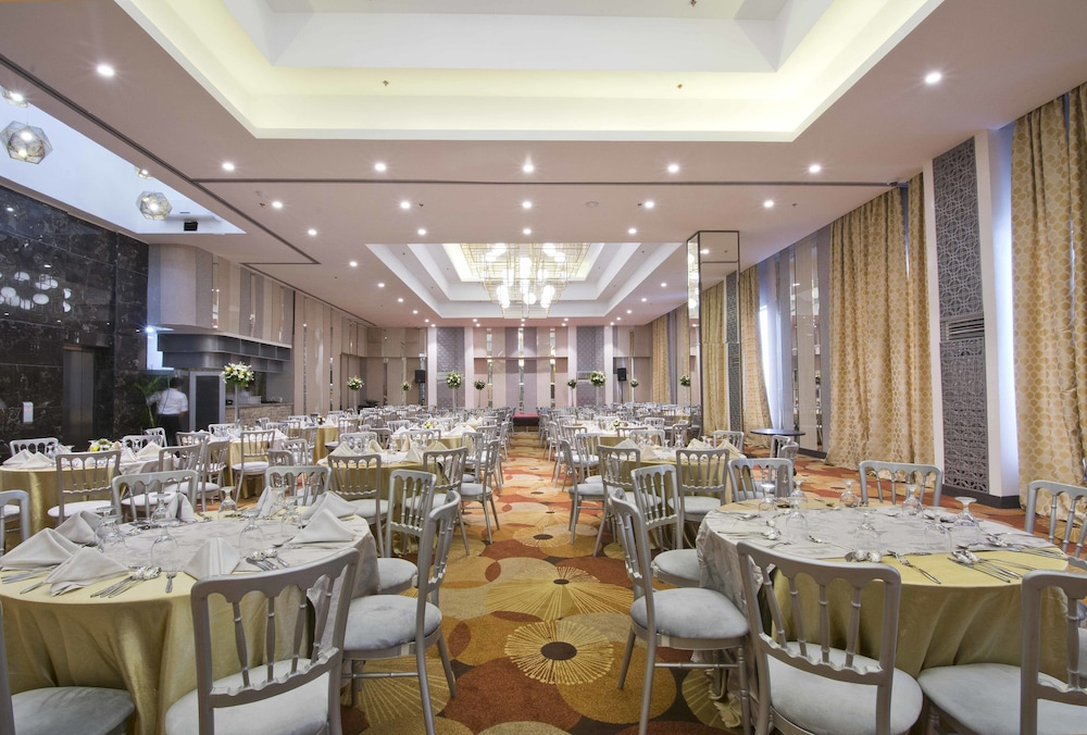 Hive Hotel And Convention Place Manila 2019 Room Prices