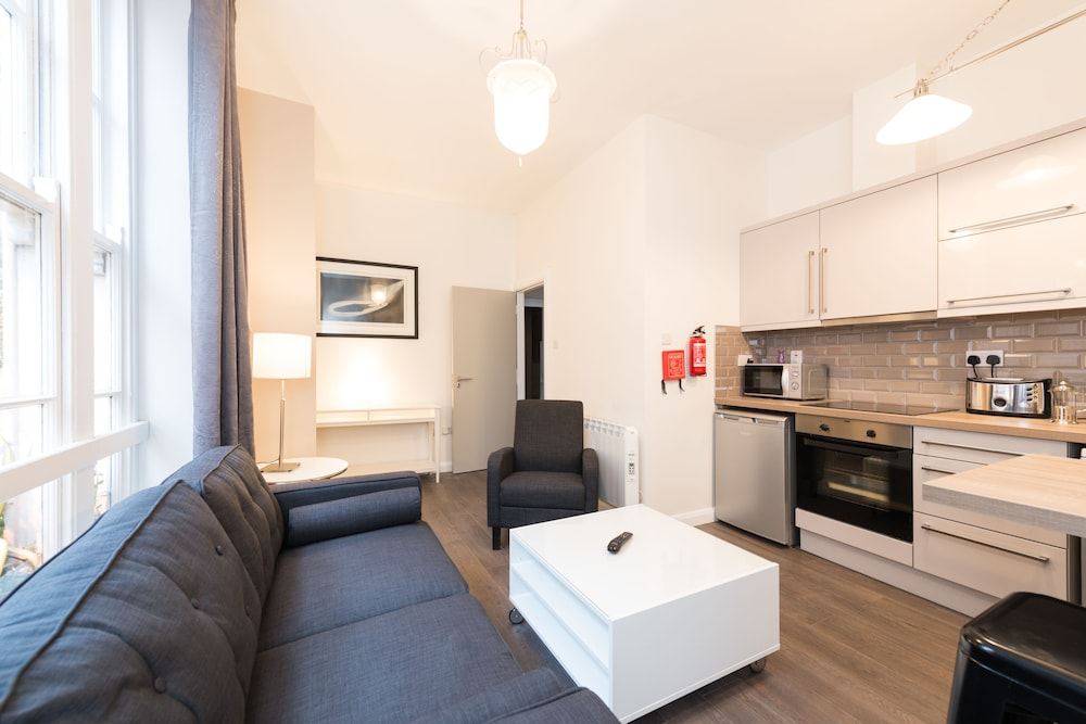 Living Area, Temple Bar District Apartments
