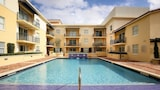 Pelican Residences in Coral Gables - Coral Gables Hotels