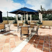 Pelicanstay in Coral Gables Miami