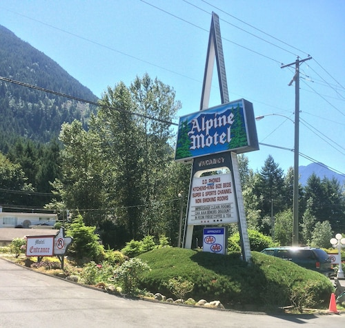 Check Expedia for Availability of Alpine Motel
