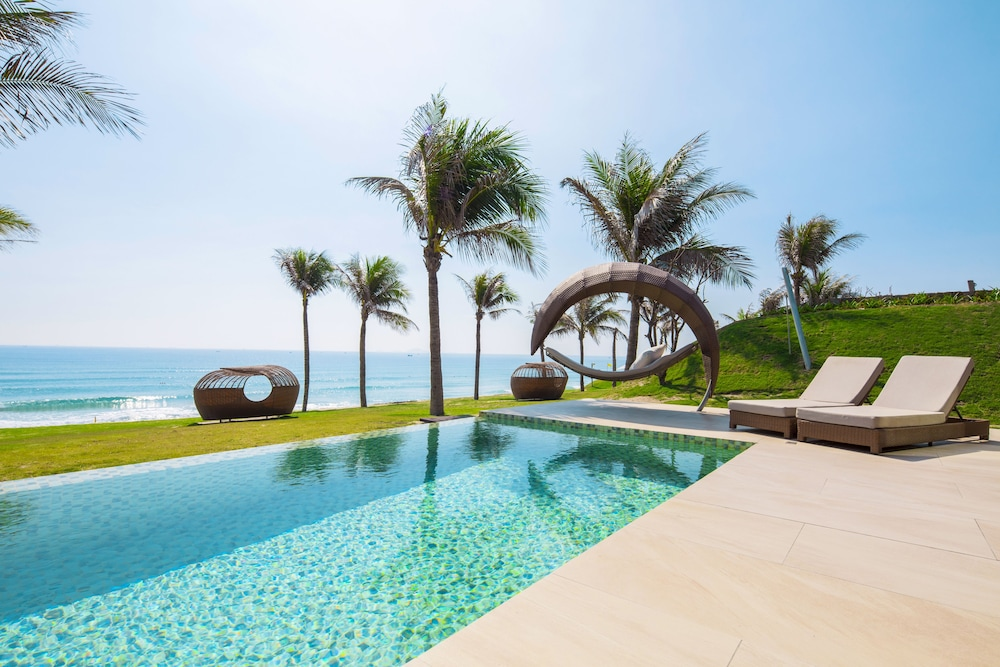 Fusion Resort Cam Ranh in Nha Trang | Hotel Rates & Reviews ...