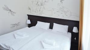 Zimmersafe, Bügeleisen/Bügelbrett, kostenpflichtige Zustellbetten
