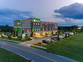 Holiday Inn Murfreesboro, an IHG Hotel