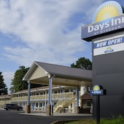 Day Inn by Wyndham Charles Town