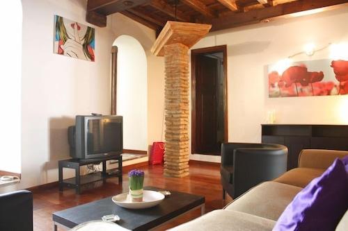 f836f05c9 RSH Trastevere Apartments (Rome) – 2019 Hotel Prices   Expedia.co.uk