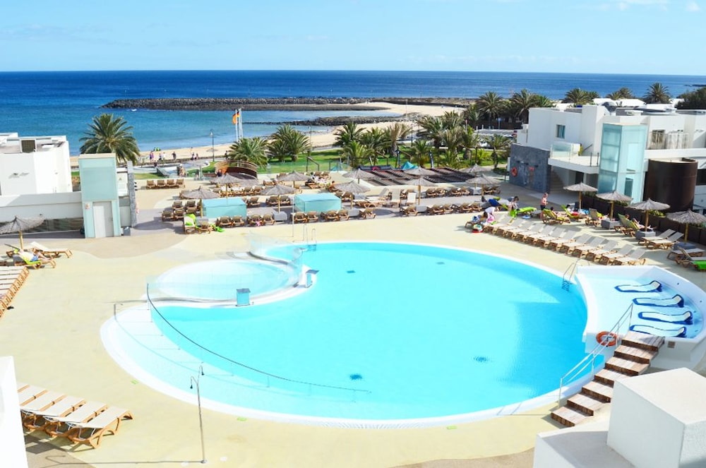 Hd Beach Resort All Inclusive 2017 Room Prices Deals Reviews Expedia