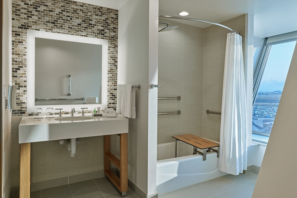 Bathroom, The Westin Denver International Airport
