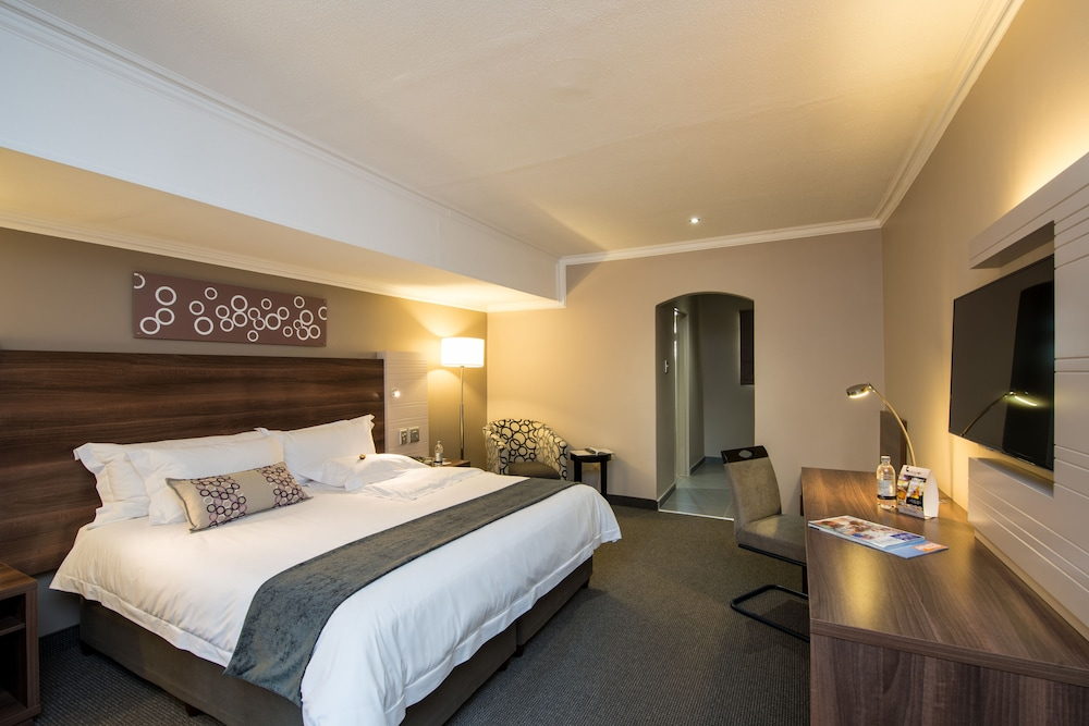 Room, Birchwood Hotel and OR Tambo Conference Centre