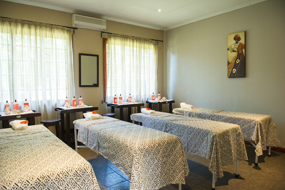 Treatment Room, Birchwood Hotel and OR Tambo Conference Centre