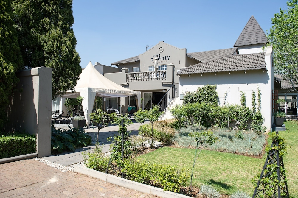 Restaurant, Birchwood Hotel and OR Tambo Conference Centre