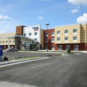 Fairfield Inn & Suites East Grand Forks