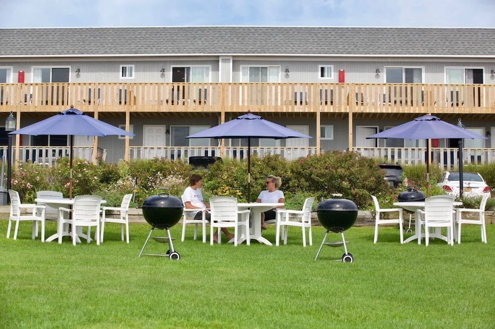BBQ/Picnic Area, Hartmans' Briney Breezes Beach Resort