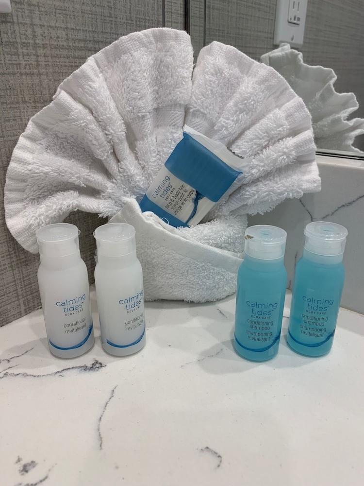 Bathroom Amenities, Hartmans' Briney Breezes Beach Resort