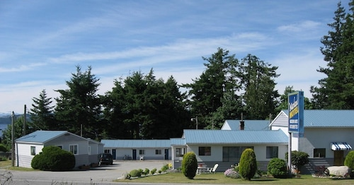 Great Place to stay Marland Motel near Powell River