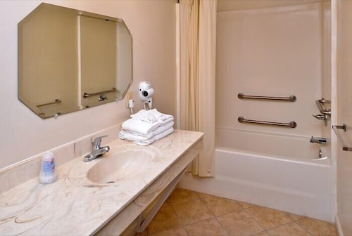 Bathroom, Road Side Inn
