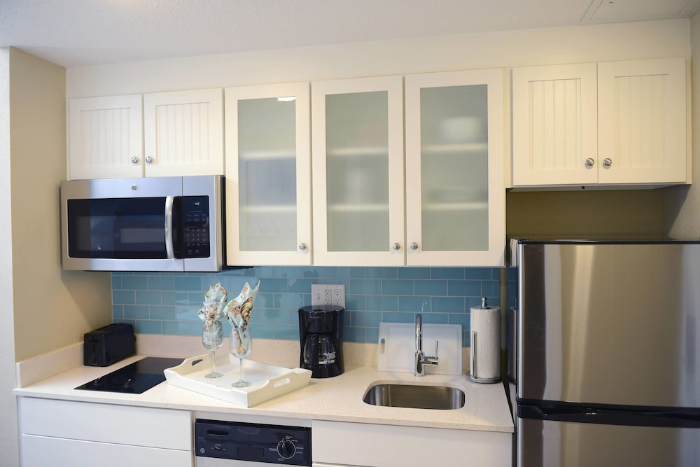 Private Kitchen, Bethany Beach Ocean Suites Residence Inn by Marriott