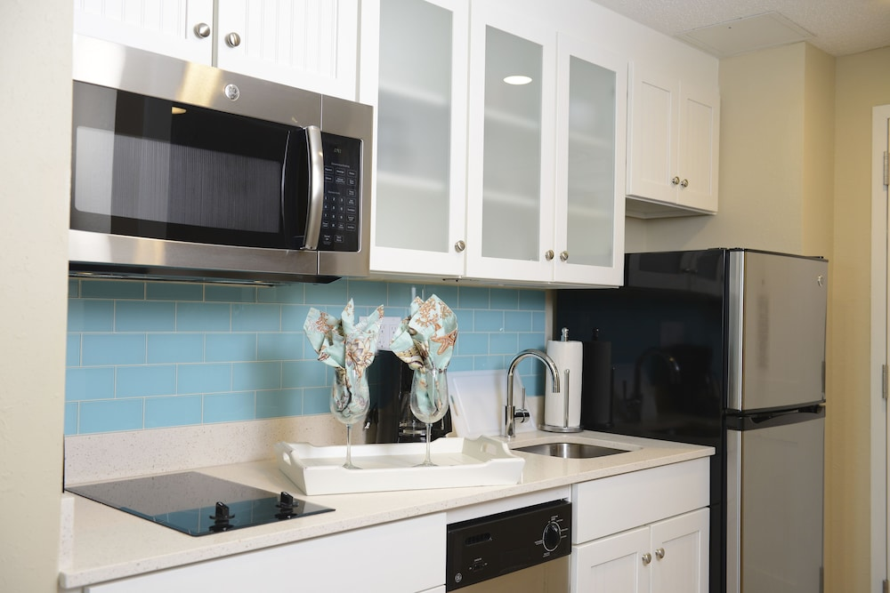 Private Kitchenette, Bethany Beach Ocean Suites Residence Inn by Marriott