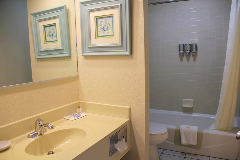 Bathroom, Surf Side Hotel