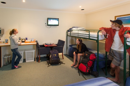 Adventure Backpackers Port Lincoln
