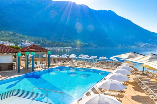 TUI Blue Makarska - Adult Only