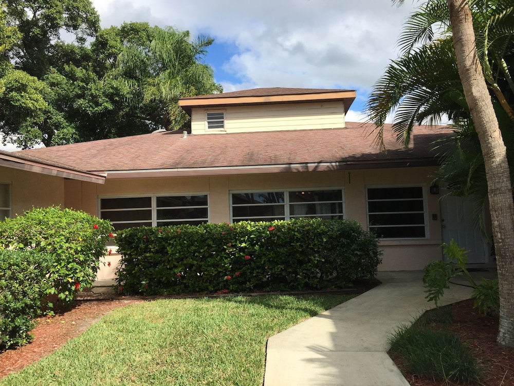Vacation Homes By Angelu0027s Vacation Rentals
