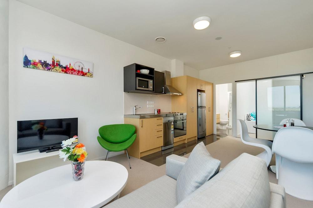 Long term accommodation manukau