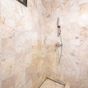 Douche de la salle de bain