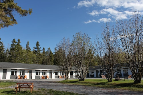 Check Expedia for Availability of Motel de l'Anse & Camping Rimouski