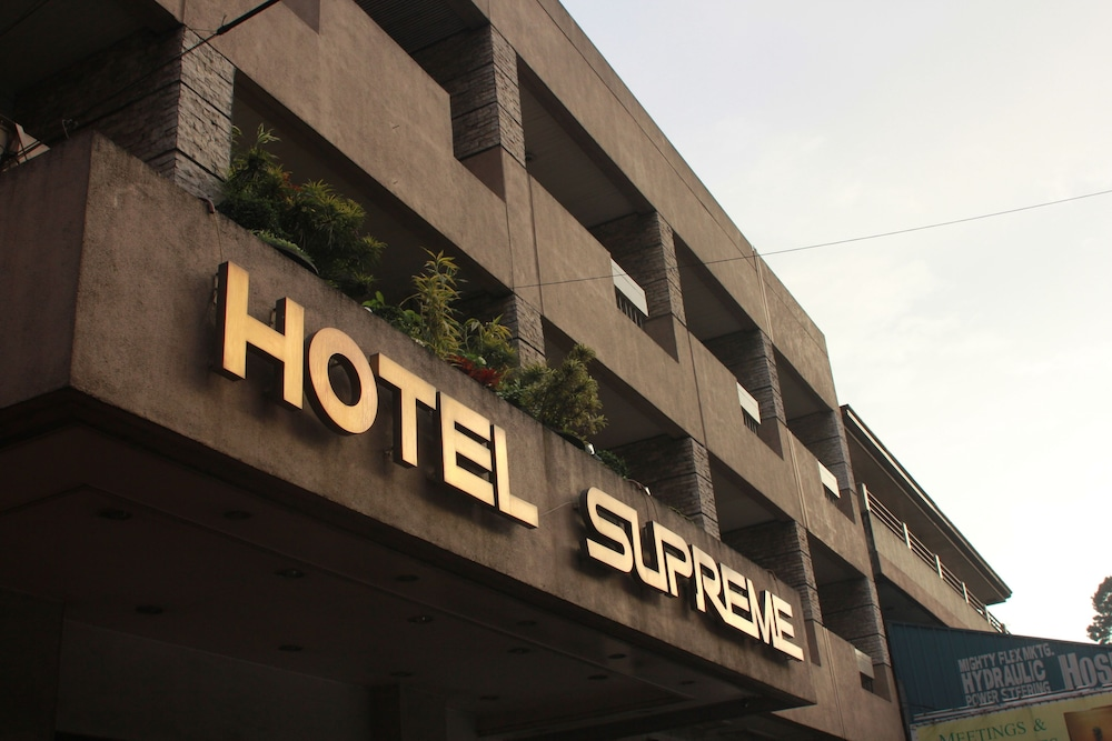 Featured Image, Hotel Supreme