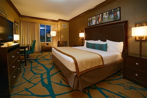 Room, Riverwalk Casino Hotel