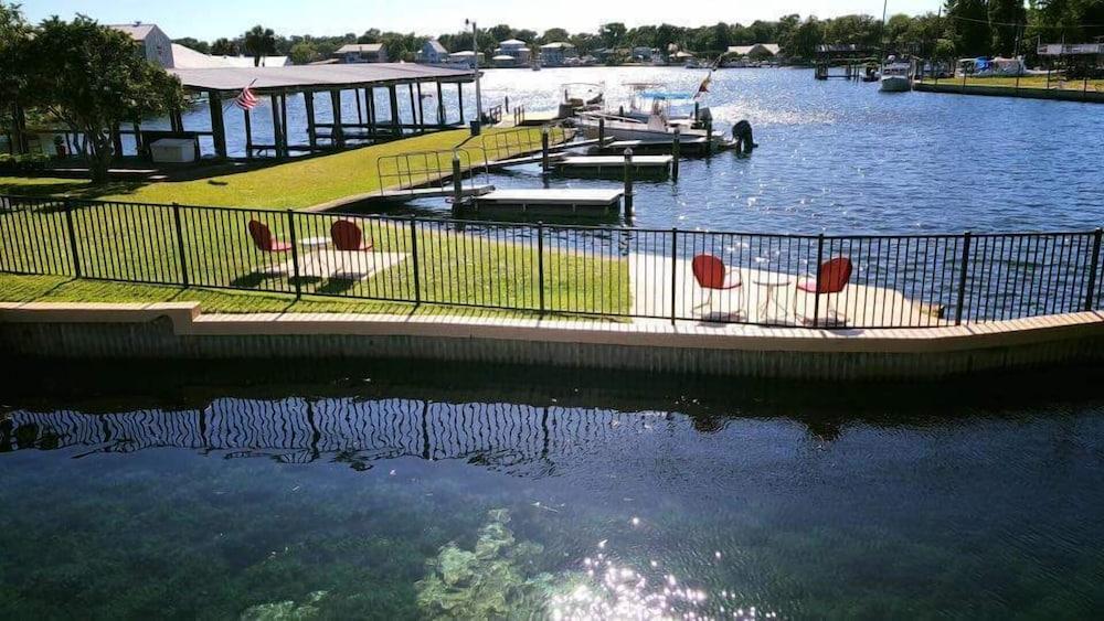 King's Bay Lodge - Reviews, Photos & Rates - ebookers com