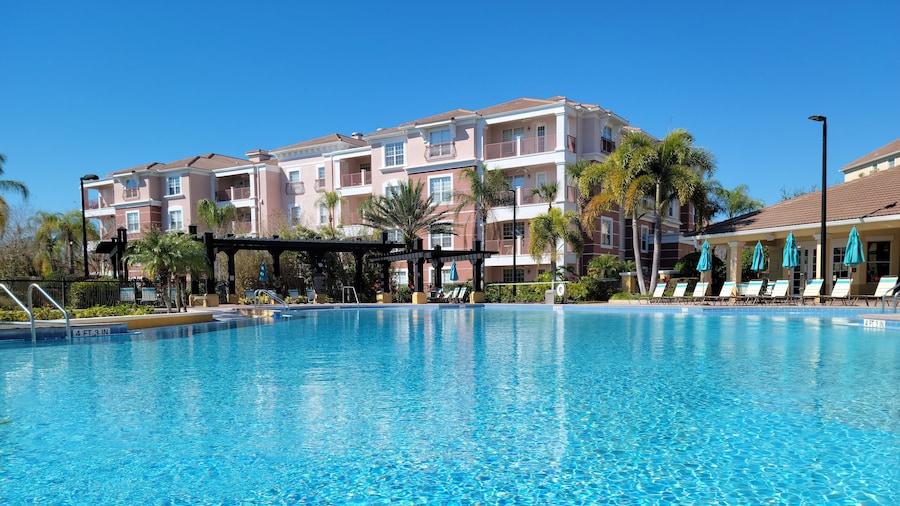 Vista Cay by Orlando Resort Rentals on Universal Boulevard