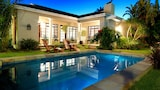 Beachwalk Bed and Breakfast - Port Elizabeth Hotels
