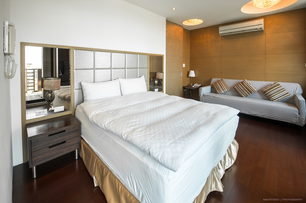Room, CK Serviced Residence