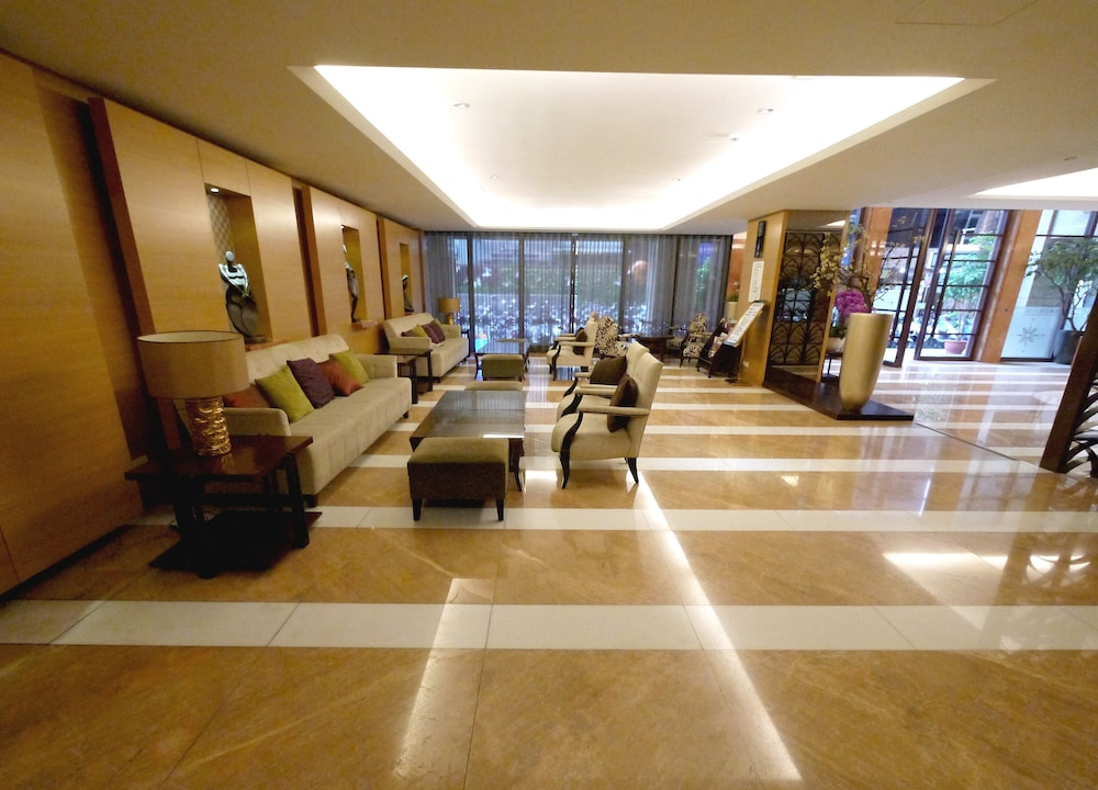 Lobby Sitting Area, CK Serviced Residence