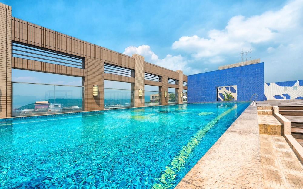 Outdoor Pool, CK Serviced Residence