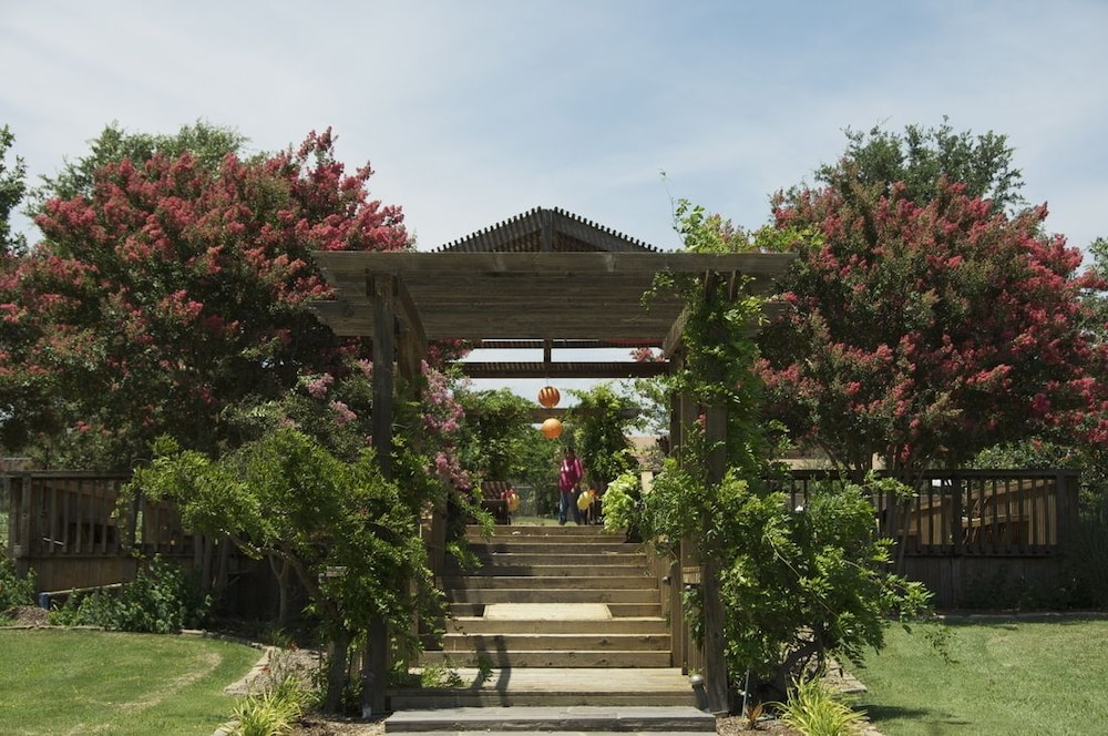 Gazebo, Beaumont Ranch