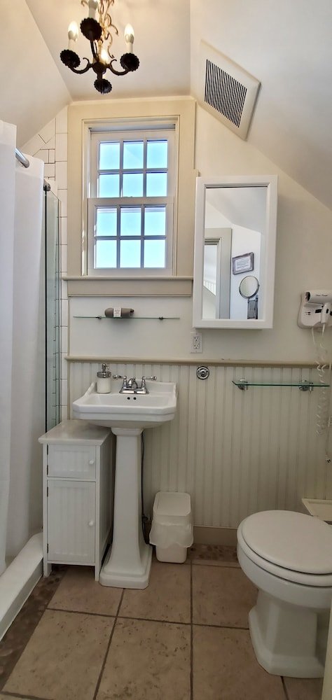 Bathroom, White Porch Inn