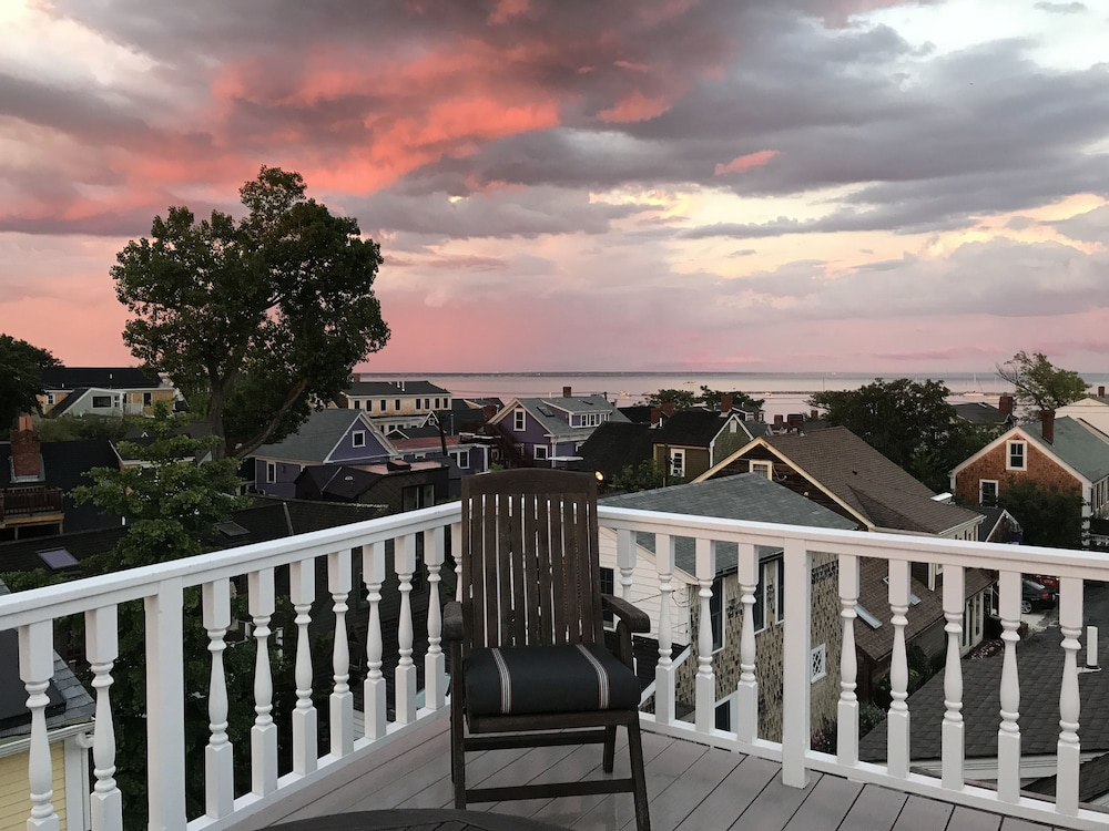 Beach/Ocean View, White Porch Inn