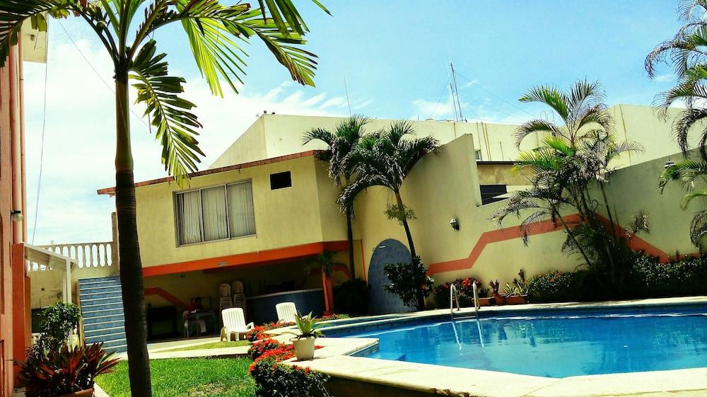 Hotel Plaza Jardín: Precios, promociones y comentarios   Expedia.mx