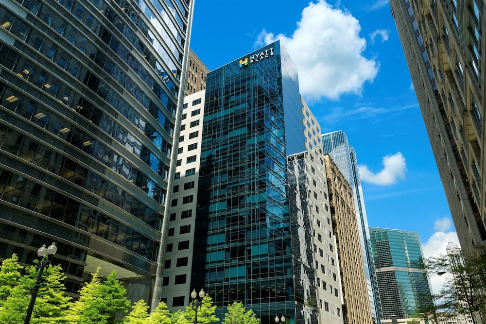 Book hyatt place chicago downtown the loop chicago for Chicago accommodation deals