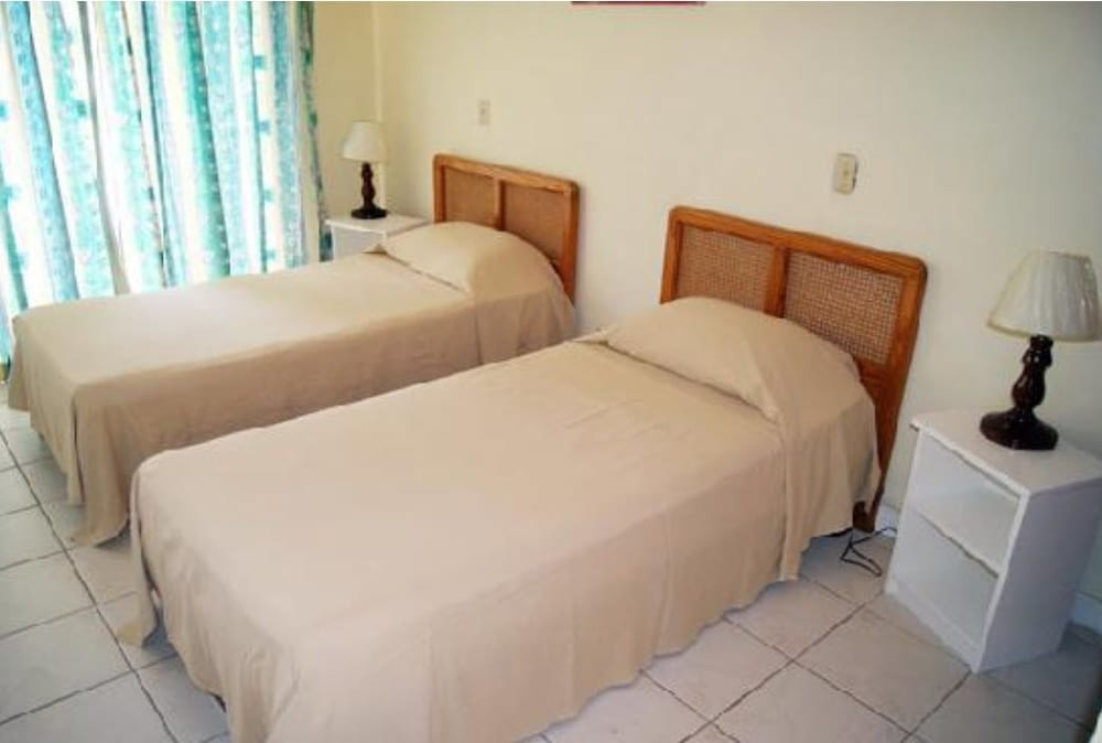 Room, Carib Blue Apartments