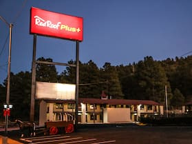 Red Roof Inn PLUS+ Williams - Grand Canyon