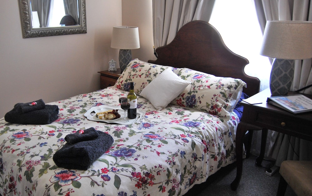 meurants manor bed and breakfast deals reviews sydney aus wotif. Black Bedroom Furniture Sets. Home Design Ideas