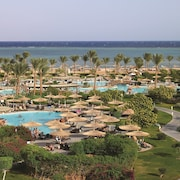 Coral Sea Water World Resort - All inclusive