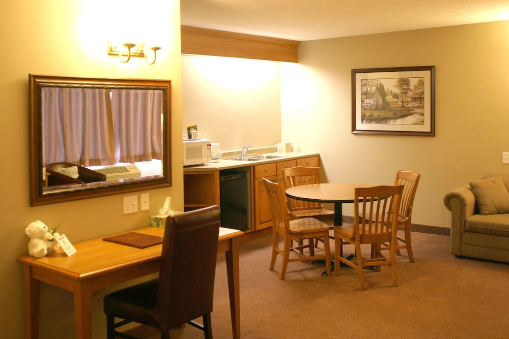 In-Room Dining, Auberge Bouctouche Inn & Suites