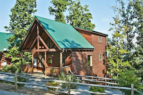 Cabins of the Smokies: 2019 Room Prices , Deals & Reviews | Expedia