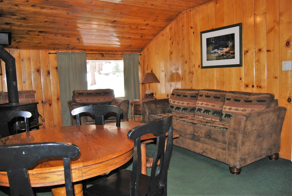 Living Room, Edelweiss Lodge